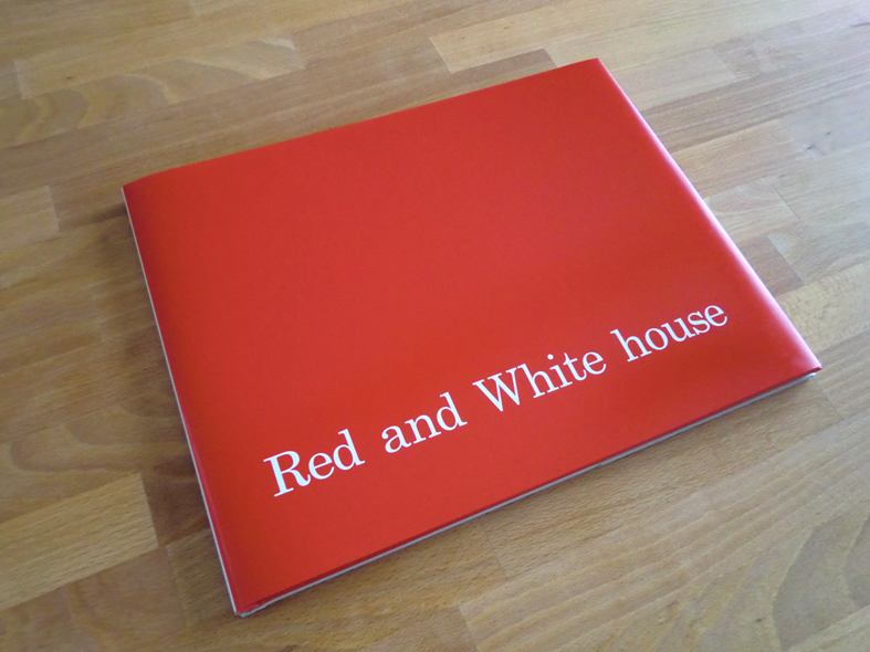 Red and White house / Photograph book